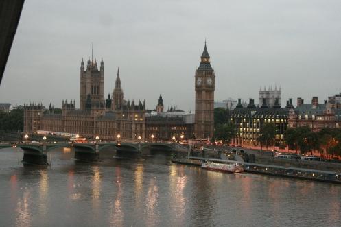 Pariliament, London Eye, before sunset