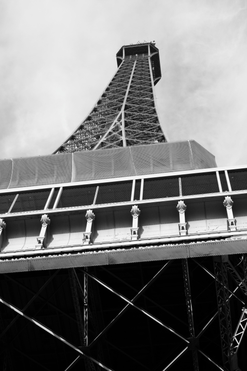 Playing around with the Eiffel Tower